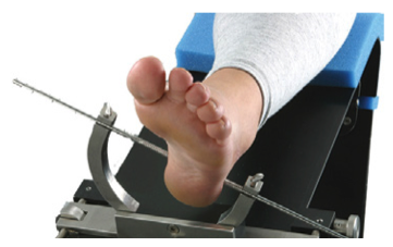 Tibial Distractor Provides Distraction with Rotation for Axial Alignment