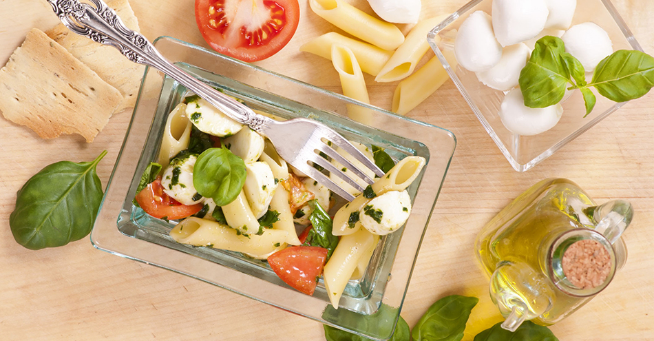 Caprese Pasta Salad: For Easy Summer Dining