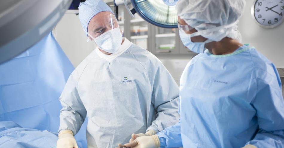 Halyard Health AERO SERIES Gowns
