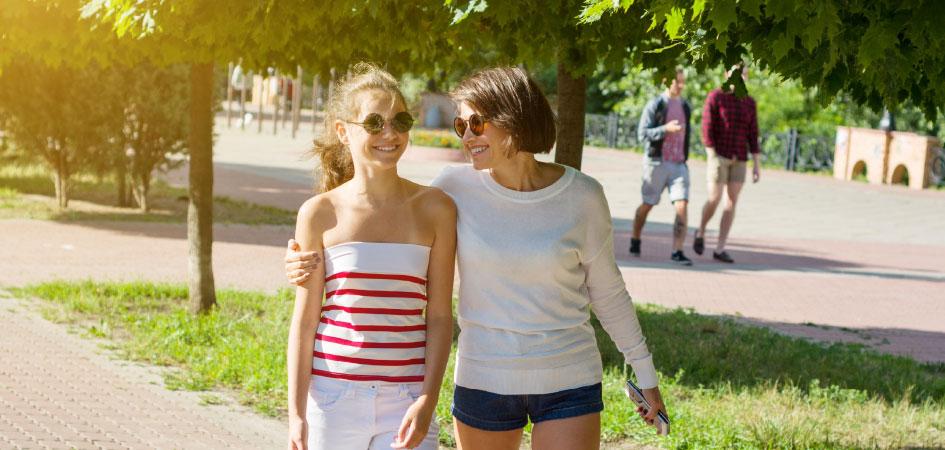 3 Ways Millennials Can Help Parents Get Fit