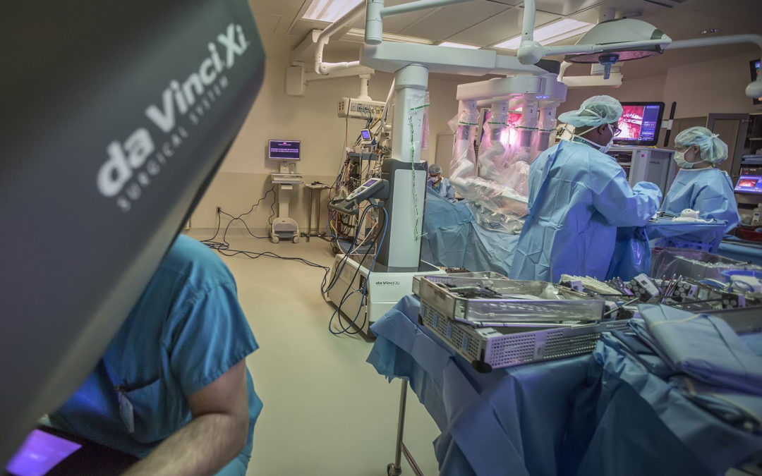 Robotic Surgery May Improve Outcomes in Mouth and Throat Cancer